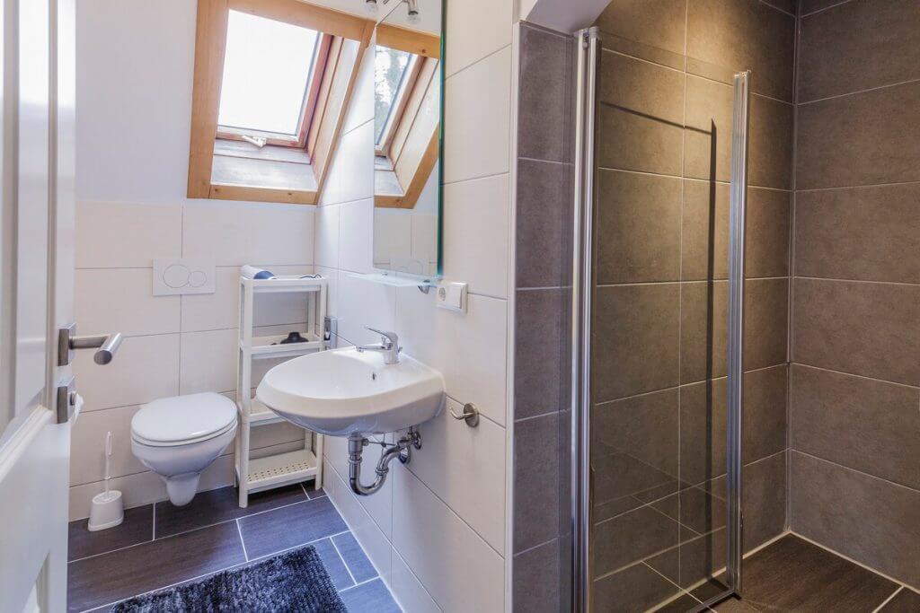 Unser neues Bad im Gästehaus Sandvoss am Titisee - Jetzt Urlaub am Titisee buchen!